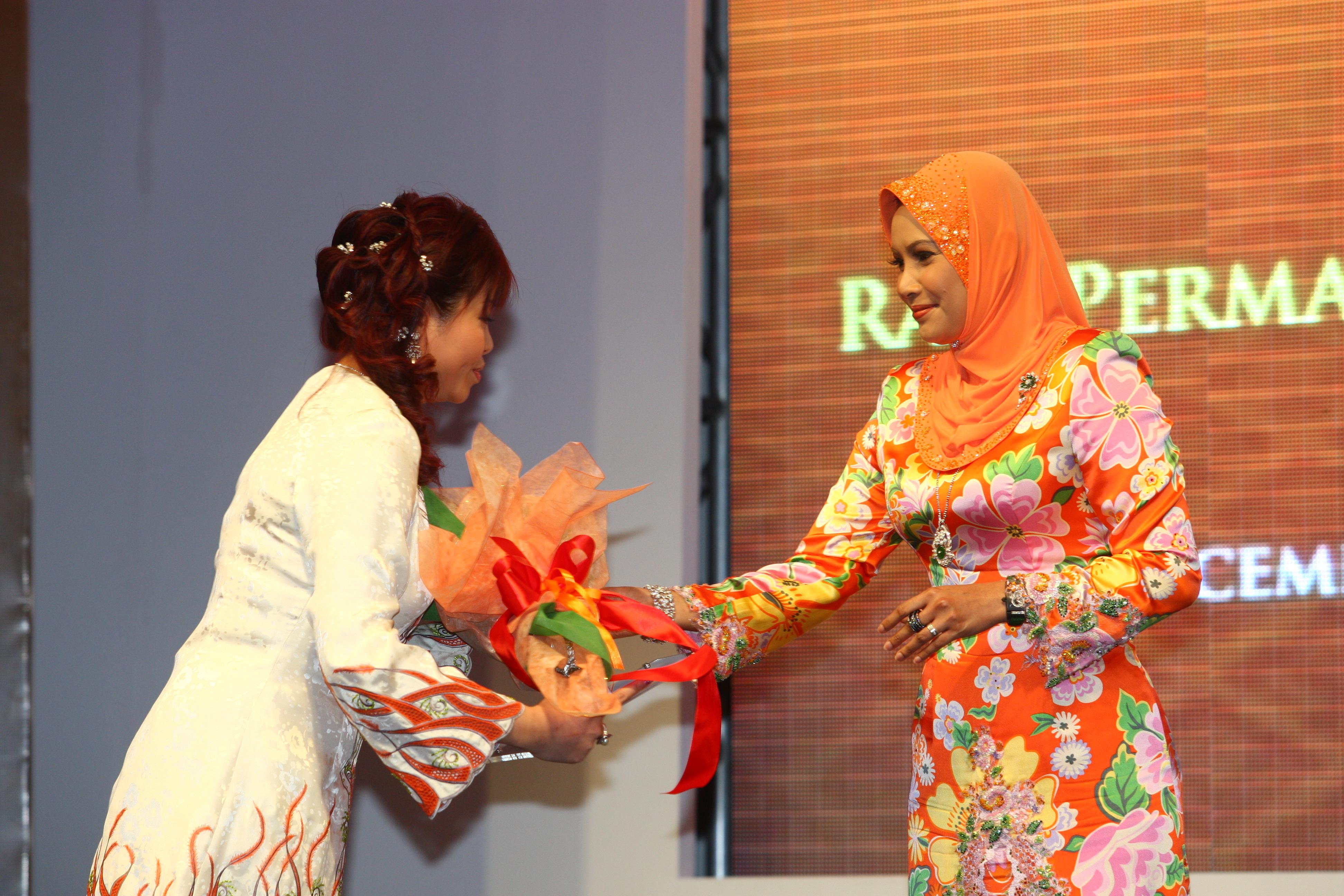 Malaysia's Top 10 Women Entrepreneurs 2008